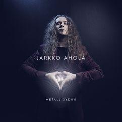 Jarkko Ahola: Alone