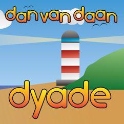 Dan van Daan: Night On Beach