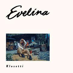 Evelina: Klosetti