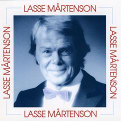 Lasse Mårtenson ja Studio-orkesteri: Myrskyluodon Maija - Stormskärs Maja