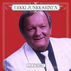 Erkki Junkkarinen: Mustat silmät