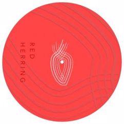 Estum: Red Herring