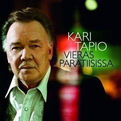 Kari Tapio: Vieras paratiisissa