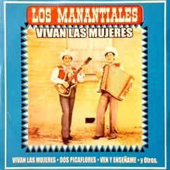 Los Manantiales: Dos Picaflores