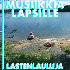 Pietari feat. Aakkostytöt: Aakkoset