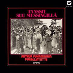 Arthur Fuhrmannin Puhallinyhtye: Tanssit suu messingillä